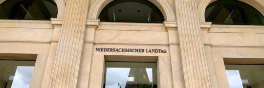 Eingang Niedersächsischer Landtag
